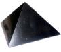 Šungitová pyramída leštená 8x8 cm